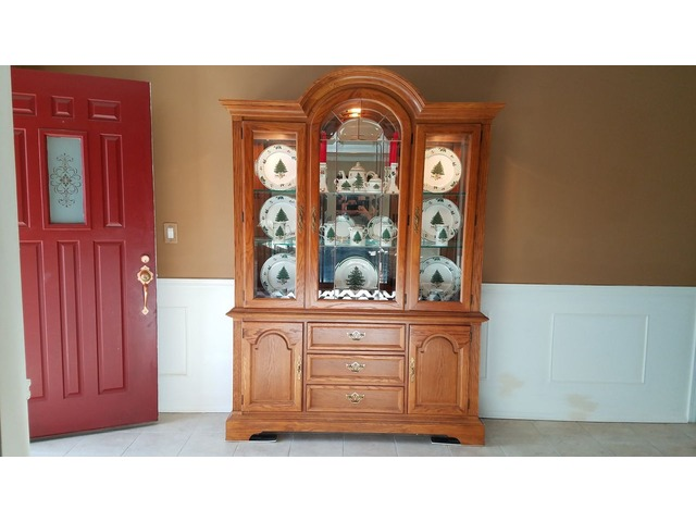 Oak Dining Table and China Cabinet in Haverstraw, Rockland ...